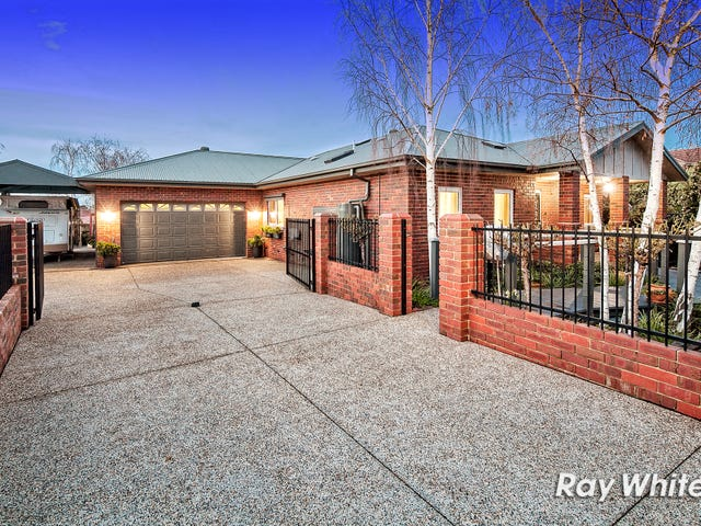 5 Heatherwood Grove, Langwarrin, Vic 3910