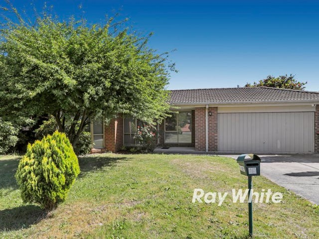 15 Paperbark Place, Knoxfield, Vic 3180