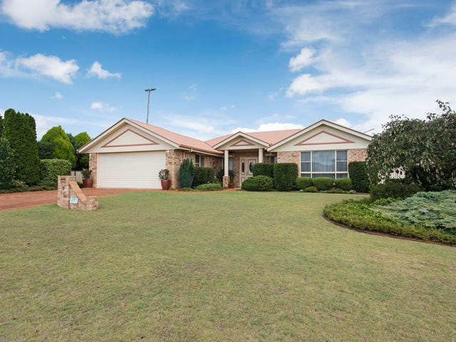 7 Buckle Court, Middle Ridge, Qld 4350
