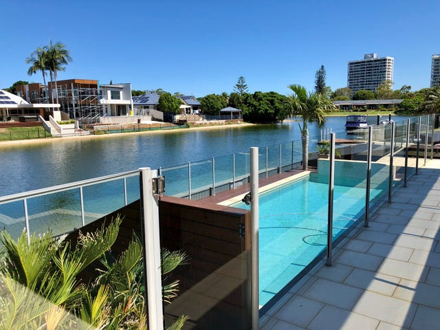 92 Clear Island Road, Broadbeach Waters, Qld 4218