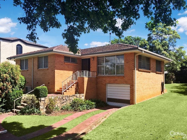9 Maple Street, East Toowoomba, Qld 4350