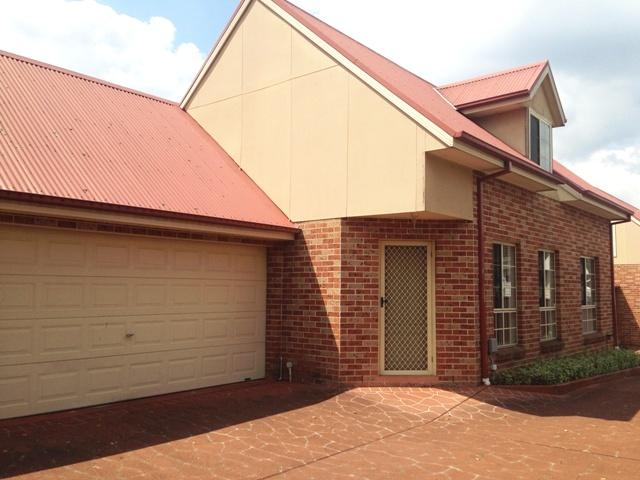 2/53 College Street, Cambridge Park, NSW 2747