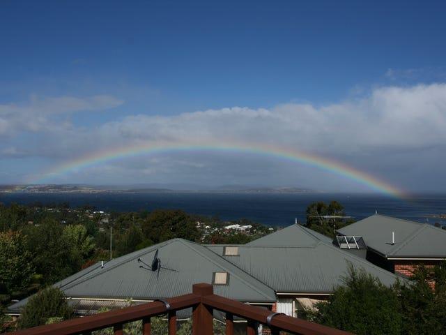 13 Timbertop Drive, Blackmans Bay, Tas 7052
