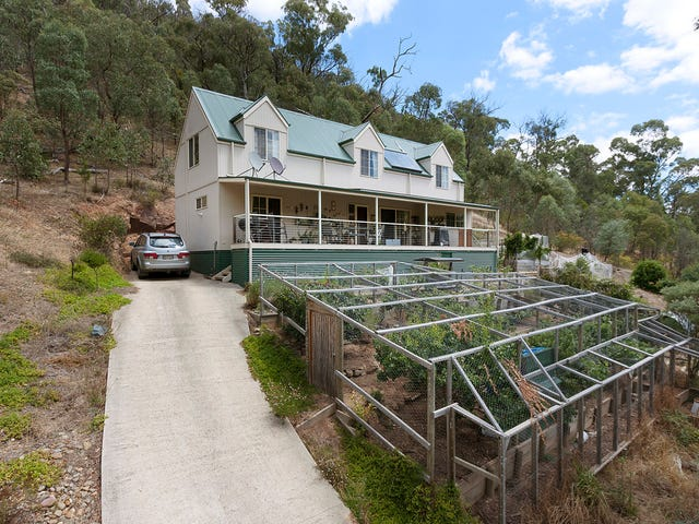 46 LONG GULLY ROAD, Flowerdale, Vic 3717