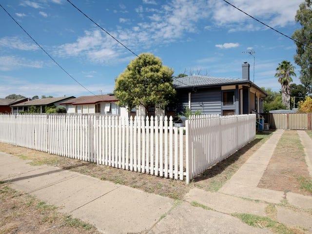 52 Ziegler Avenue, Kooringal, NSW 2650