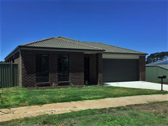 77 Waterford Drive, Miners Rest, Vic 3352