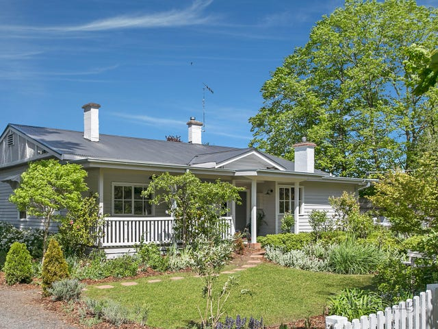22 Morris Road, Woodend, Vic 3442