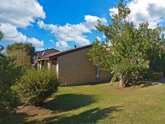 4 BURR AVENUE, Nowra, NSW 2541