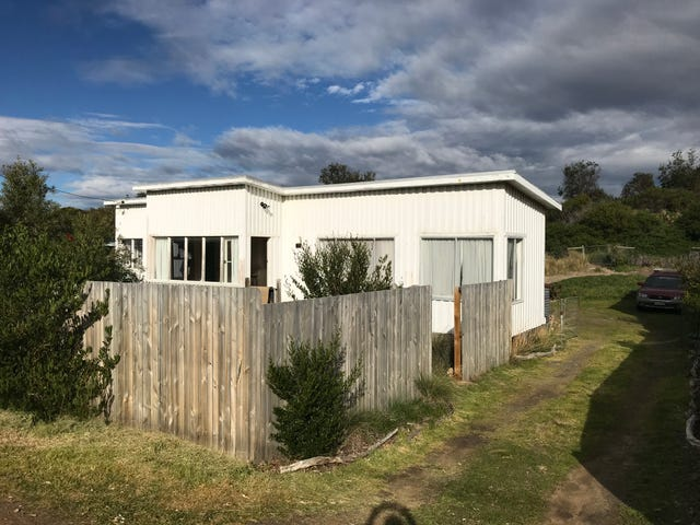 157 Carlton Beach Road, Dodges Ferry, Tas 7173