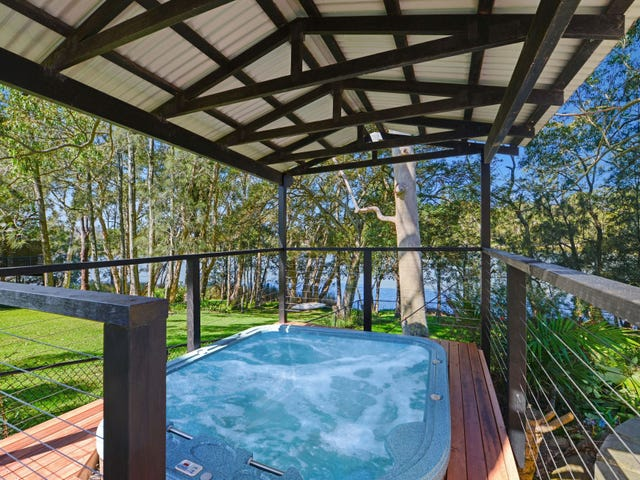 297a The Round Drive, Avoca Beach, NSW 2251