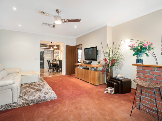2/3 Brent Court, Lavington, NSW 2641