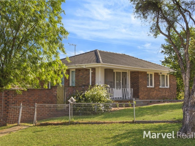 24 Bungulla Street, Sadleir, NSW 2168