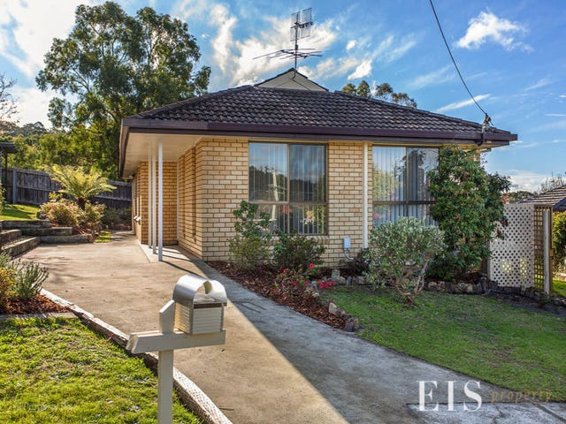 2 Taroo Ct, Blackmans Bay, Tas 7052