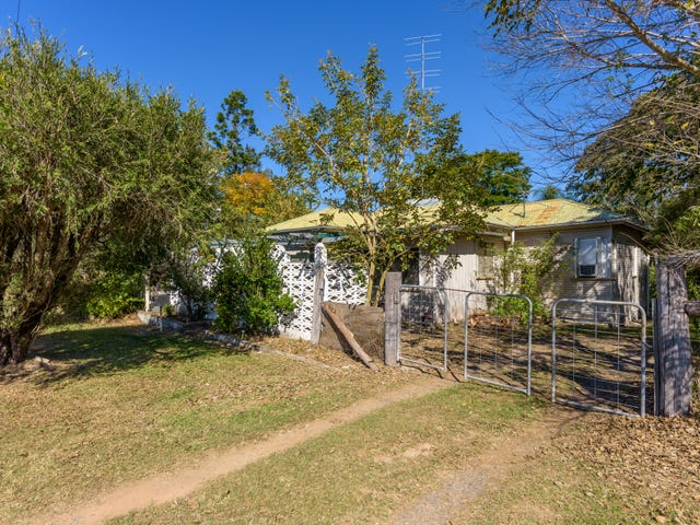 89 Noosa Road, Monkland, Qld 4570