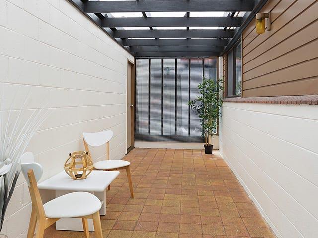 Unit 2/72 Mirreen, Hawks Nest, NSW 2324