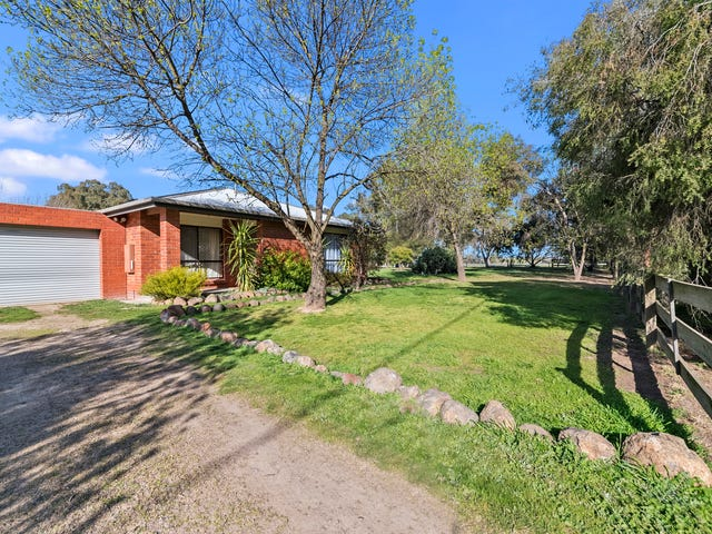 2 McCallum Street, Devenish, Vic 3726