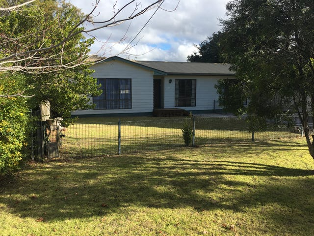 11 Station Road, Aylmerton, NSW 2575