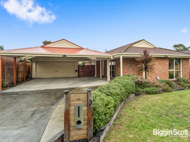 11 Filomena Court, Cranbourne North, Vic 3977