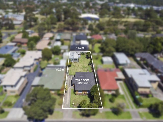 30 GRACE STREET, Cranbourne, Vic 3977