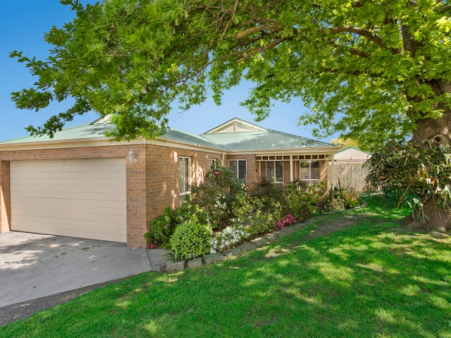 3 Kerry Place, Garfield, Vic 3814