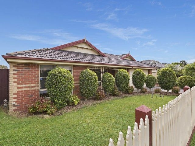 15 THE BELFRY, Cranbourne, Vic 3977