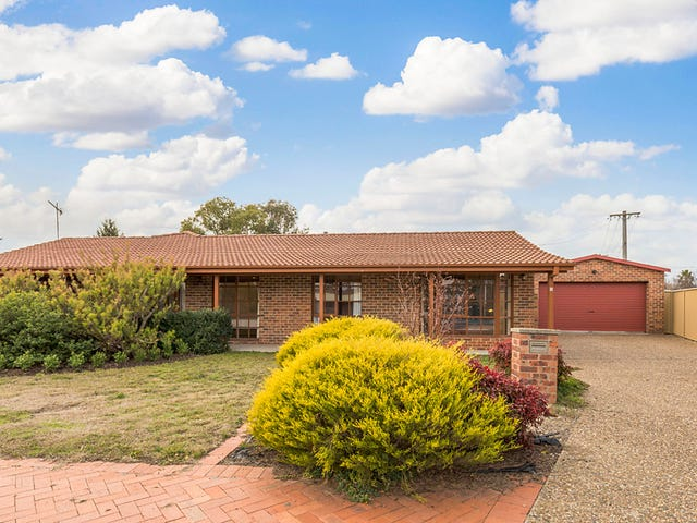1 Muir Close, Isabella Plains, ACT 2905