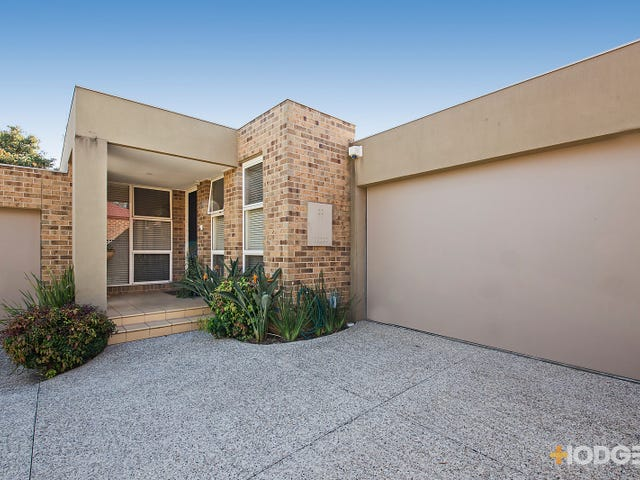 2/23 Arkaringa Crescent, Black Rock, Vic 3193