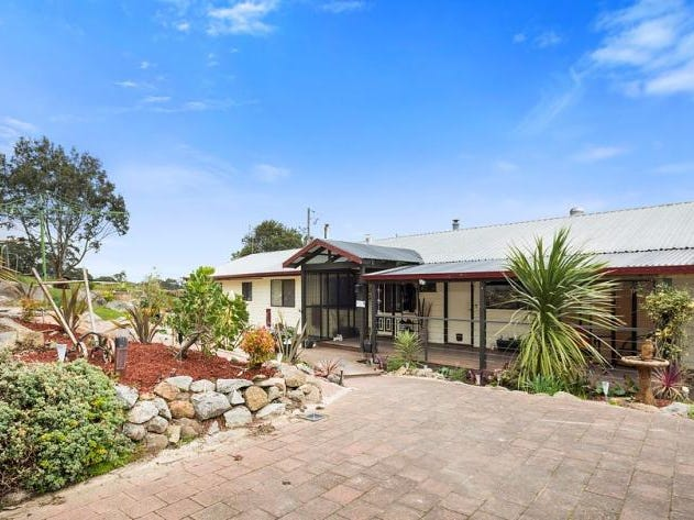 20 Pattons Road, Pastoria East, Vic 3444