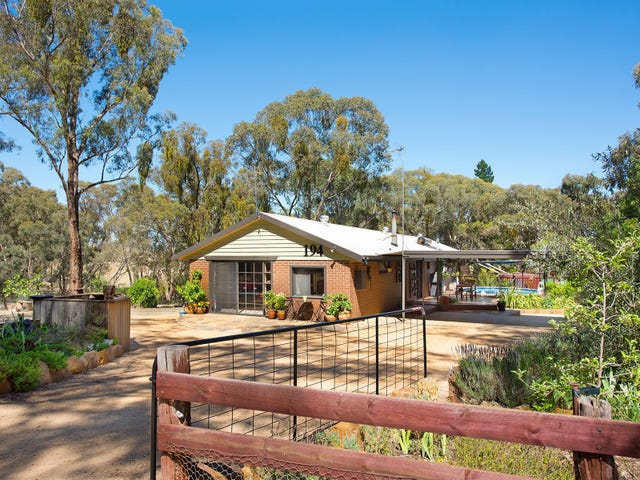 194 Donkey Gully Road, Yapeen, Vic 3451