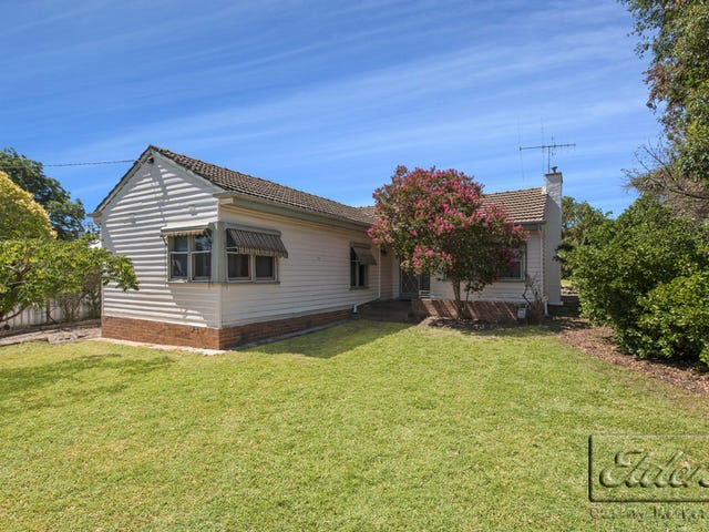 43 Dowding Street, California Gully, Vic 3556
