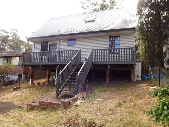 6 St Georges Parade, Wentworth Falls, NSW 2782
