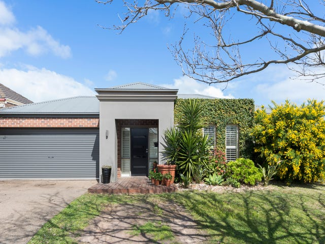 112 Maxwell Street, Mornington, Vic 3931