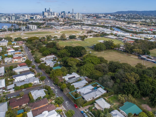 11 Royal Terrace, Hamilton, Qld 4007