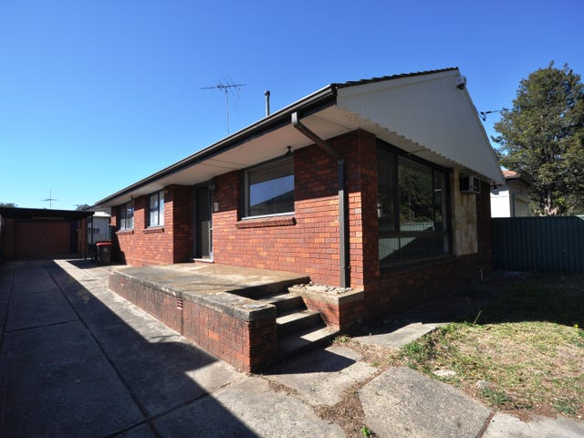 223 Henry Lawson Drive, Georges Hall, NSW 2198