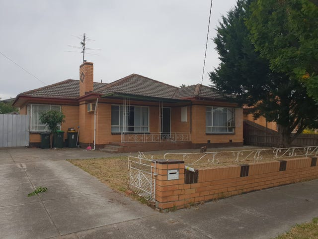 15 Harley Street, Sunshine North, Vic 3020