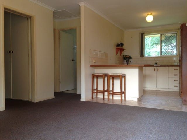 2/3 Prospect, North Toowoomba, Qld 4350