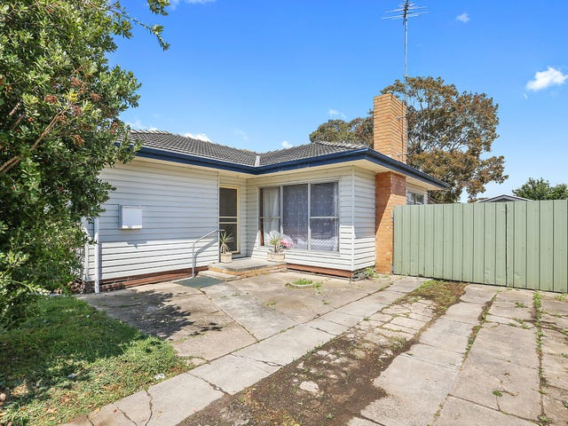 42 Helms Street, Newcomb, Vic 3219