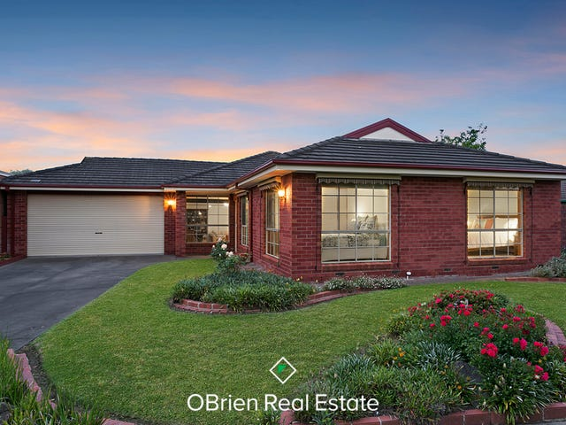 2 Hedgerow Court, Narre Warren South, Vic 3805