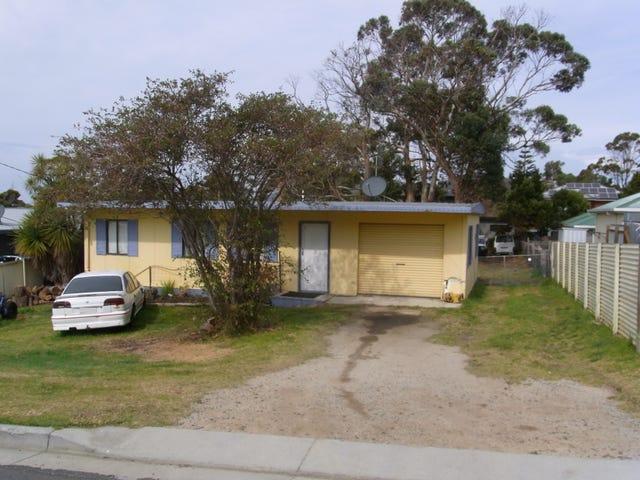27 Douglas Street, Bicheno, Tas 7215