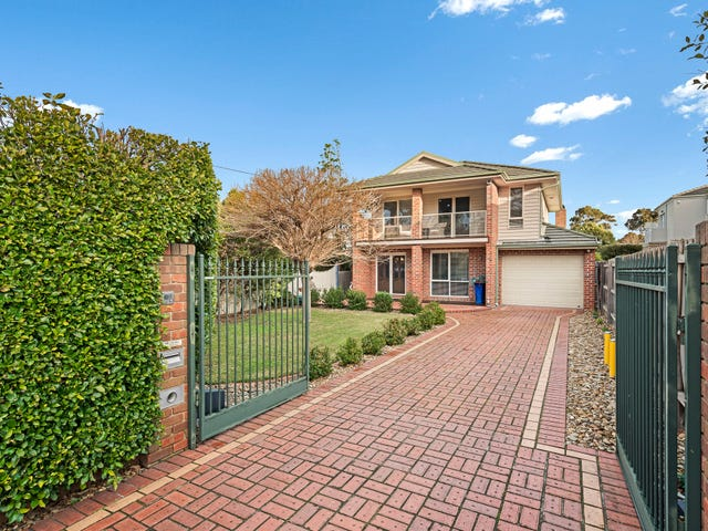 372 Como Parade West, Parkdale, Vic 3195