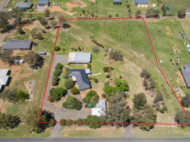 17 Regans Road, Tamworth, NSW 2340