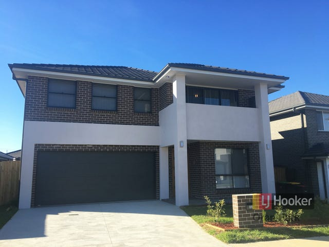 13 Hinton Loop, Oran Park, NSW 2570