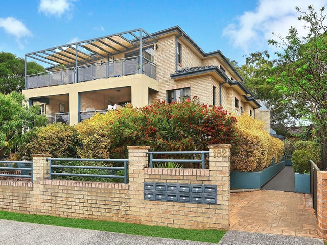 1/182 Greenacre Road, Bankstown, NSW 2200