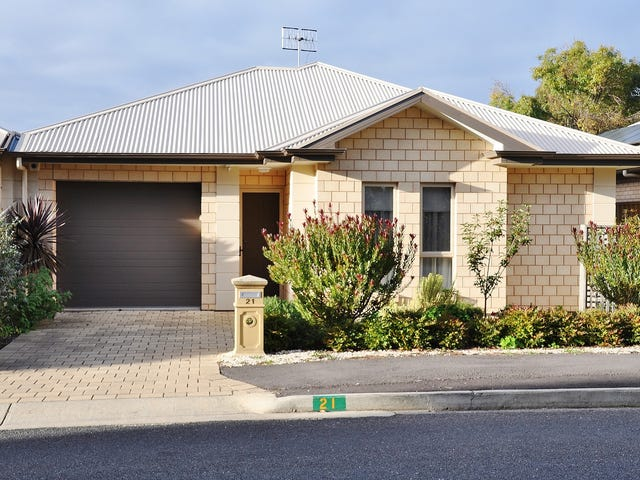 21 Oval Road, Victor Harbor, SA 5211