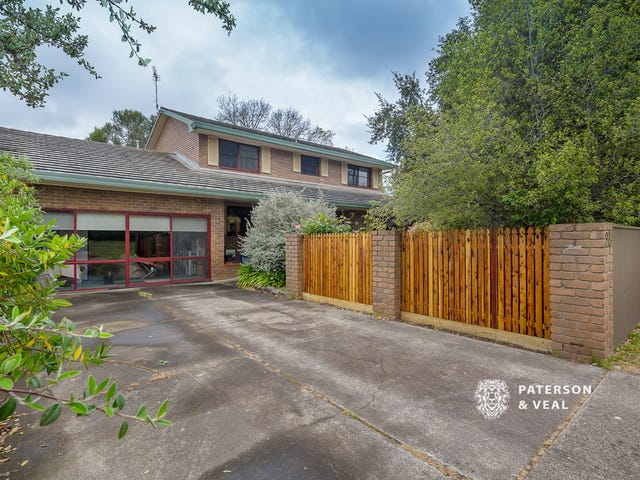 28 Cambridge Street, Creswick, Vic 3363