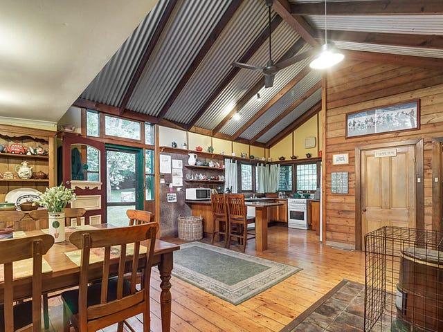 70 Falls Road, Mount Dandenong, Vic 3767