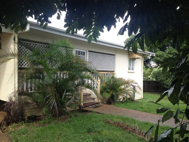 13 Cannan Street, South Townsville, Qld 4810