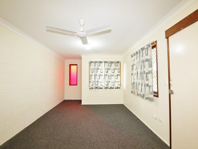 2/13 Capricorn Crescent, Norman Gardens, Qld 4701