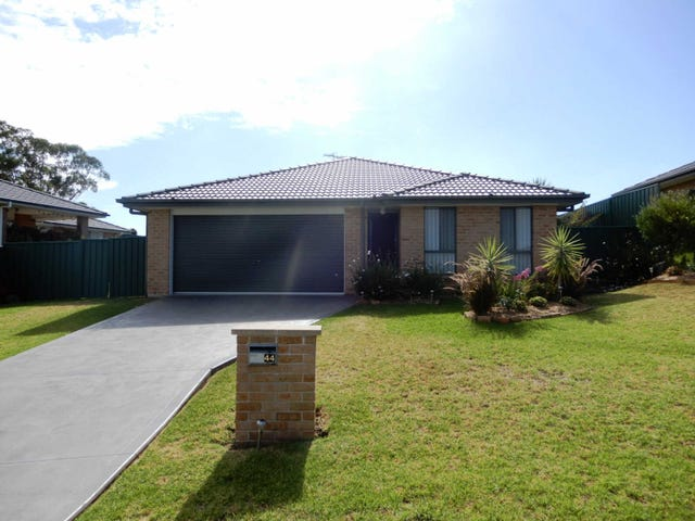 44  Dixon Cct, Muswellbrook, NSW 2333