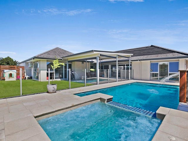 16 Watervale Parade, Wakerley, Qld 4154